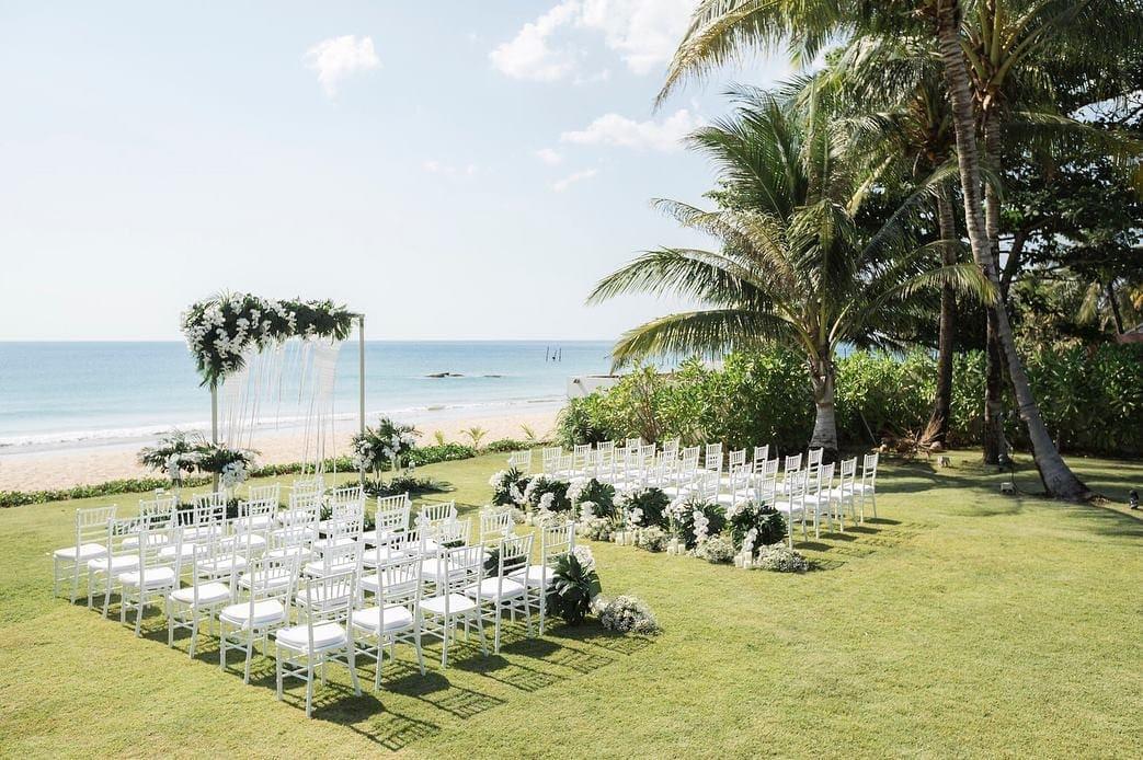Lễ cưới ngoài trời
