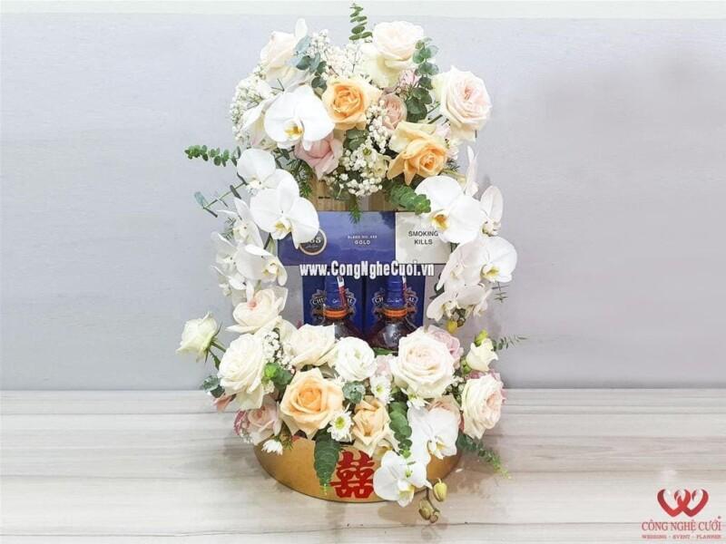 Mâm quả trà rượu xếp tháp kết hoa