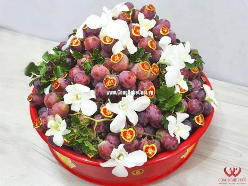 Mâm quả trái cây nho mỹ đỏ