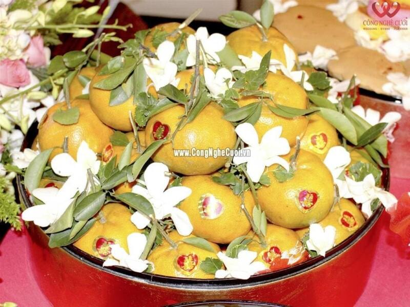 Mâm quả trái cây quýt vàng cưới hỏi